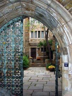 Yale University. Gorgeous campus. Gorgeous housing.