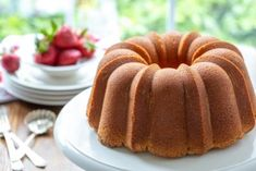 Granny's Pound Cake - Tender and never dry, with a buttery taste and incredible texture. This Pound Cake is delicious toasted or served with juicy fresh fruit, ice cream or as a layer in a trifle. This cake also freezes beautifully. Best Pound Cake Recipe, Pound Cake Recipes, Pound Cakes, Fruit Ice Cream, Cream Cheese Pound Cake, Dried Strawberries, Icing Recipe, Cake Decorating Techniques, No Bake Cake