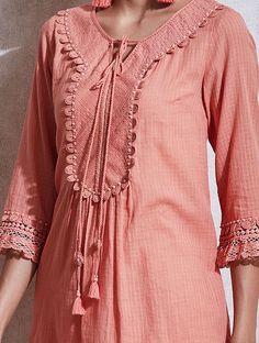 Salwar Kameez Neck Designs, Punjabi Suit Neck Designs, Neck Designs For Suits, Neckline Designs, Sleeves Designs For Dresses, Dress Neck Designs, Stylish Dress Designs, Pakistani Dress Design, Kurti Sleeves Design