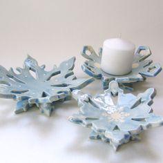 plato de regalo de anfitriona de copo de nieve de por maryjudy