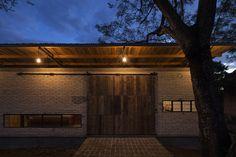 Galeria de Residência Lui / OCA - 12