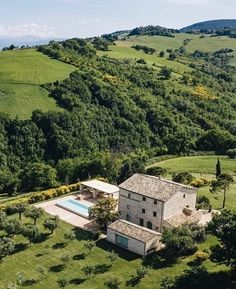 Dream English, Home Room Design, Italian Home, Northern Italy, English Countryside, Adventure Is Out There, Aesthetic Pictures, Interior And Exterior, Exterior Design