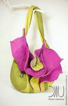 Сумка кожаная `Орхидея`. Материал : кожа натуральная.  Подкладочный материал: лён 100%.  Фурнитура:  кнопка пришивная, металлофурнитура.  Размеры: 40/37 см, без учёта длины ручки.