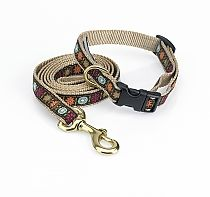 We love the fun nature of this Bella Floral dog Collar and Leash!