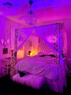 Indie Room Decor, Cute Bedroom Decor, Room Design Bedroom, Girl Bedroom Designs, Room Ideas Bedroom, Bedroom Inspo, Neon Room Decor, Paris Room Decor, Chill Room