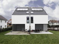 한 지붕 두 집. 더블  하우스 (출처 Juryeong Kuhn)