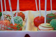 Christmas cake pops by Kelsey the Baker :)