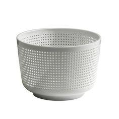 Industreal PANIER PERCE récipient spécial en porcelaine b... https://www.amazon.fr/dp/B00J8F10DO/ref=cm_sw_r_pi_dp_U_x_KrZtBbBYBFFH4