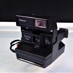 Camera Photography, Vintage Photography, Vintage Flash, Instant Film Camera, Vintage Ashtray, Pocket Watch Antique, Watch Photo, Vintage Cookbooks, Vintage Cameras
