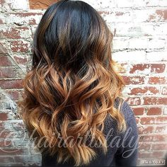 Golden blonde ombré  Hair by Aly Tompkins Mon Amie Salon  Redlands CA  #hair #hairporn #hotonbeauty #hairartist #haircolor #hairstylist #redlands #yucaipa #monamiesalon #pravana #btcpics #behindthechair #angelofcolor #modernsalon #hairdressermagic #americansalon #hairofinstagram #whocuts #UNITEhairoftheday #UNITEfamily @unite_hair @modernsalon @beautylaunchpad @americansalon @behindthechair_com @pravana @stylistshopconnect #balayage #hairpainting