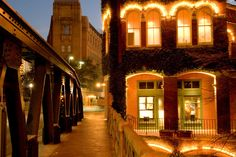 San Antonio River Walk, Texas The Best Destinations in the South for Photographers – SoleèVita