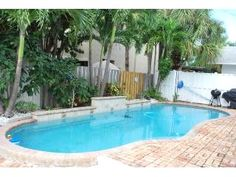 Vacation Rental in Fort Lauderdale - FANTASTIC 3BR/3BA HEATED POOL HOME!1 BLK TO BCH!