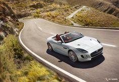 Jaguar-F-Type_2016