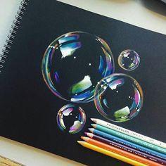 Fantastische Seifenblasen mit Farbstiften auf schwarzem Fotokarton By @mannneylucero #worldofartists