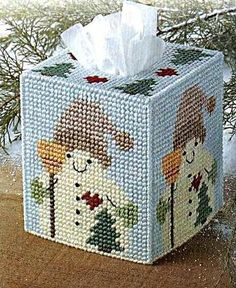 Country Snowman with Broom Tissue Box Cover Plastic Canvas Pattern Plastic Canvas Ornaments, Plastic Canvas Tissue Boxes, Plastic Canvas Christmas, Plastic Canvas Crafts, Free Plastic Canvas Patterns, Tissue Box Crafts, Tissue Box Covers, Tissue Holders, Red Heart Yarn