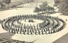1950-1952 arası erkek öğrencilerin olmadığı Kızılçullu Kız Köy Enstitüsünden....Zeybekler