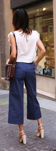 Navy And White Streetstyle