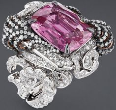 """DIOR. """"Appartements de Mesdames Moulure"""" ring in white and pink gold, scorched…"""