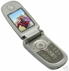 This is a #Motorola V600 color unlocked camera GSM phone. It comes with a good fully tested battery and a New wall charger.