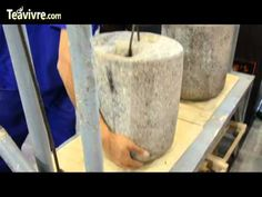 Process of making Pu-erh Tea Cake.  Sichuan Tea Expo, Chengdu 2012, May 17-20, 2012, Chengdu International Exhibition Center.  Recorded by TeaVivre.