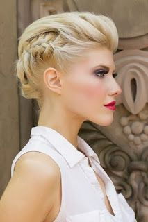 Luxury Bridal Hairstyles for Short Hair Videos - Hairstyle Women Summer Hairstyles, Up Hairstyles, Pretty Hairstyles, Braided Hairstyles, Wedding Hairstyles, Hairstyle Braid, Short Braids, Short Hair Updo, Braids Easy