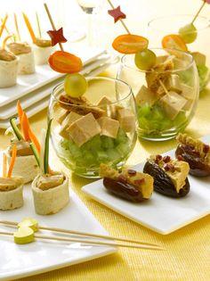 Mini-wrap de foie gras, Dattes farcies, Verrines fruitées : la recette facile
