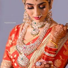 44 ideas for indian wedding jewelry royals bridal sets Indian Wedding Bride, Indian Wedding Jewelry, Wedding Jewelry Sets, Indian Jewelry, Wedding Bands, Bride Necklace, Collar Necklace, Jewelry Design Earrings, Diamond Jewelry