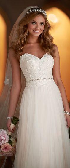 stella-york-fall-2015-wedding-dress-6025_alt3_zoom - Belle The Magazine