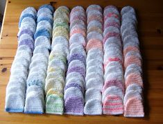 Crocheting for Charity Free Pattern: Premature Baby Beanies using 8 ply yarn and a hook. Crocheting for Charity Free Pattern: Premature Baby Beanies using 8 ply yarn and a hook. Crochet Preemie Hats, Crochet Beanie, Knit Crochet, Crocheted Hats, Learn Crochet, Form Crochet, Booties Crochet, Knitted Bags, Baby Hat Patterns