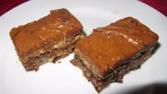 Recipe - Mississippi Mud Bars – Alaiyna B. Bath and Body. These indulgent chocolate bars are so easy to make and use everyday ingredients you surely have around the house. I actually used a brownie mix for the bottom. Mud Bar, Cheesecake Brownie Bars, Mississippi Mud, Dessert Recipes, Desserts, Food Gifts, Cheesecakes, Baked Goods, Sweet Recipes