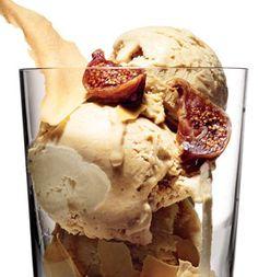 #TreatYoSelf To This Superfood Ice Cream Recipe | This recipe is EVERYTHING. #SELFmagazine