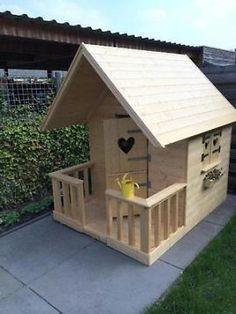 ≥ Speelhuisje Speeltoestel Speel Huisje Veranda Hout Luikjes - Speelgoed | Buiten | Speeltoestellen en Speelhuisjes - Marktplaats.nl