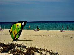 Costa Rei Sardinia offers several sport activities according to the individual preferences. Favorite activities are sea sports such as windsurfing