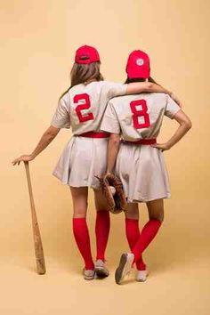 halloween costumes women DIY Halloween Costumes Ideas - A League of Their Own Movie Characters Womens Baseball Costumes Tutorial via Camille Styles Baseball Costumes, Best Friend Halloween Costumes, Cute Costumes, Group Costumes, Halloween Outfits, Halloween Halloween, Woman Costumes, Bricolage Halloween, Costumes Kids