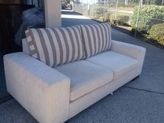 3 seater sofa lounge with 2 single lounge chairs . Free Recycle, 3 Seater Sofa, Lounge Chairs, Lakes, Sofas, Chaise Lounge Chairs, Couches, Canapes