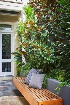 Fish Pond Gardens, Small Courtyard Gardens, Small Backyard Gardens, Home Garden Design, Backyard Garden Design, Terrace Garden, Tropical Backyard Landscaping, Outdoor Landscaping, Outdoor Fireplace Designs