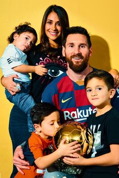 Hot Football Fans, Football Boys, Soccer Sports, Soccer Tips, Nike Soccer, Soccer Cleats, Lionel Messi Barcelona, Barcelona Soccer, Messi And Ronaldo