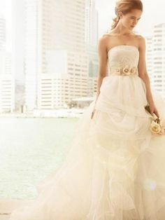 Vera Wang White Collection - Ball Gown with Corded Lace Bodice and Tulle Skirt - Once Wed