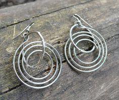 simple wire earrings - spiral design - minimalist silver earrings