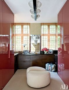 Massenet's lacquered dressing room | archdigest.com