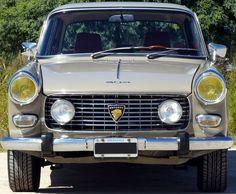 Peugeot 404 1971. http://www.arcar.org/peugeot-404-61609