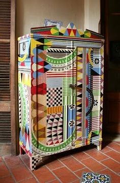 Whimsical Painted Furniture | Beautiful, colourful craftmanship guaranteed to make you smile!
