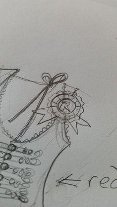 Rococo Robin Design Vest/Pin