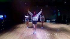 Black Pink Songs, Black Pink Kpop, Dance Choreography Videos, Dance Videos, Kpop Girl Groups, Kpop Girls, Pink Song Lyrics, Dance Kpop, Blackpink Video