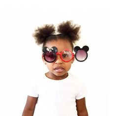 Mouse Sunglasses (sunglasses only! Tiara Thomas, Belle Outfit, Bling Converse, Mouse Color, Movie Gift, Leather Stamps, Kids Sunglasses, Mini S, Birthday Gifts For Girls