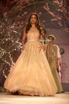Jyotsna Tiwari at India Bridal Fashion Week 2014 Indian Wedding Gowns, Indian Gowns, Indian Bridal, Indian Wear, Punjabi Wedding, Indian Weddings, Western Gown, Western Dresses, Wedding Frocks
