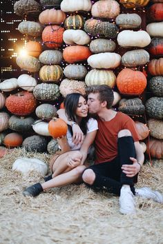 imtaramichelle.com @imtaramichelle PUMPKIN PATCH WITH MY BOYFRIEND OUTFIT IDEA!! ♥
