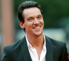 jonathan rhys meyers | Jonathan Rhys Meyers poderá integrar o elenco de «Star Wars: Episode ...