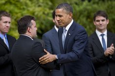US President Barack Obama shakes the hand of NASCAR driver Tony Stewart during an event on the South Lawn of the White House April 17, 2012 in Washington.