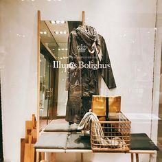 덴마크 코펜하겐 일룸스볼리우스 다양한 실생활 브랜드들이 총집합  IKEA보다는 훨씬 고급스럽고, 한국에서는 흔하게 보기 힘든 디자인들이 모여있는 디자인 하우스 같은공간 . . . #일룸스볼리우스 #illumsbolighus #인테리어소품 #인테리어 #디자인 #코펜하겐 #덴마크 디자인 감성은 최고인듯